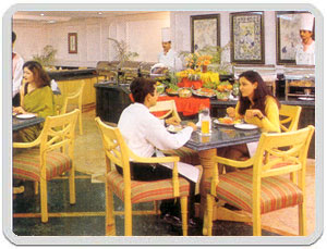 Hotel trident hilton agra for Agra fine indian cuisine